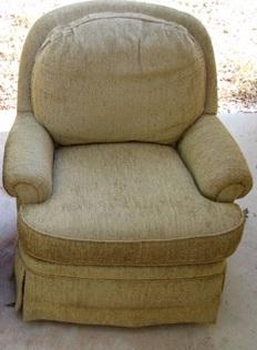 Sofa pudar